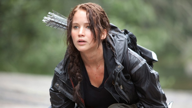 Girl uses trick from Hunger Games to save injured friend
