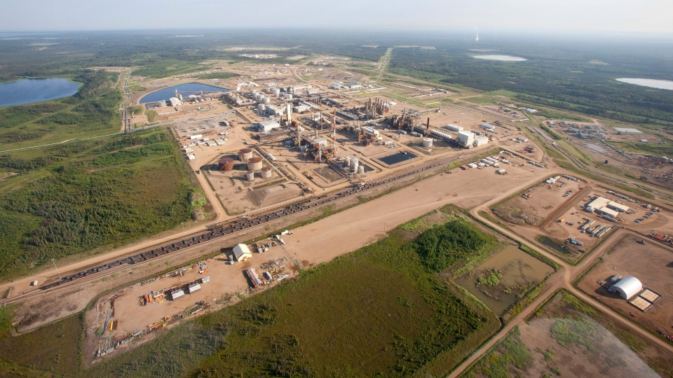 A Nexen oilsands facility seen from a helicopter near Fort McMurray, Alta., Tuesday, July 10, 2012.  (Jeff McIntosh /  THE CANADIAN PRESS)