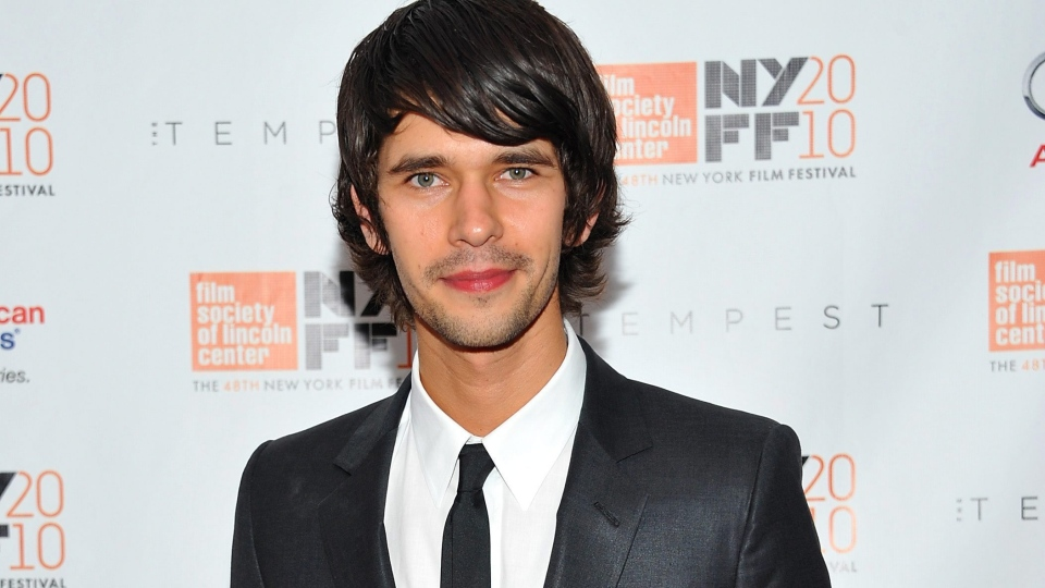 Q Is Back Ben Whishaw To Play Gadget Loving Character In New Bond