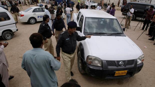 Pakistan, police officers, Karachi, Pakistan