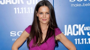"Actress Katie Holmes poses at the premiere of ""Jack and Jill"" in Los Angeles, Nov. 11, 2011. (AP / Matt Sayles)"