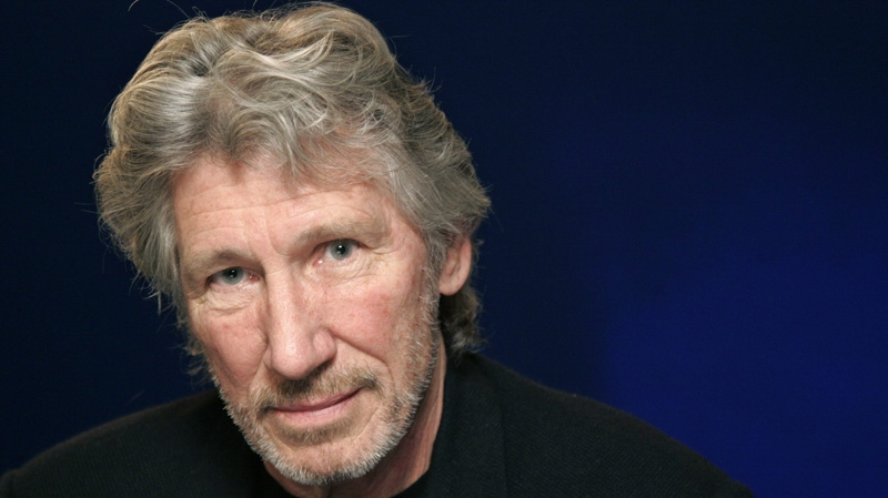 In an April 7, 2010 file photo musician Roger Waters poses for a portrait in New York. (AP Photo / Jeff Christensen)