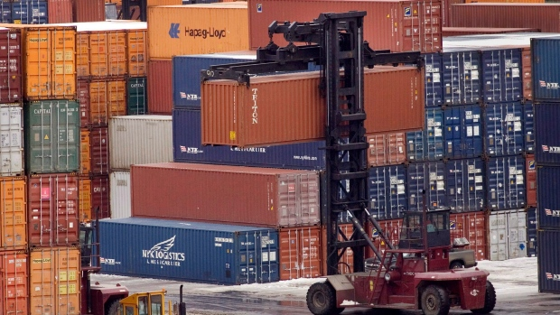 Canadian economy grew at 2.6% rate in 4th quarter of 2016