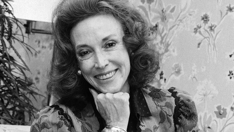 Cosmopolitan editor Helen Gurley Brown poses during an interview at her office in New York in this Sept. 20, 1982 file photo. (AP / Marty Lederhandler, File)