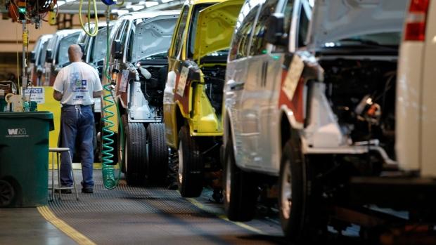 Gm Recalls Big Gmc Chevy Vans To Fix Fuel Leaks Ctv