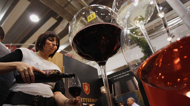 Red wine may help fight Alzheimer's disease
