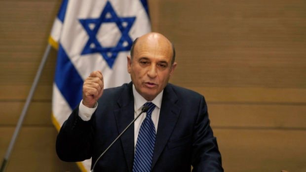 Israel's Kadima party leader Shaul Mofaz