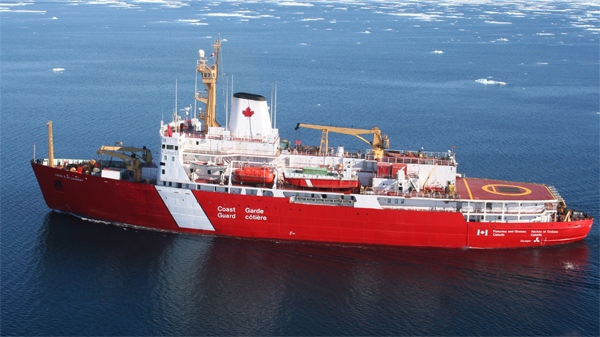 Navy struggles to keep new icebreakers in budget
