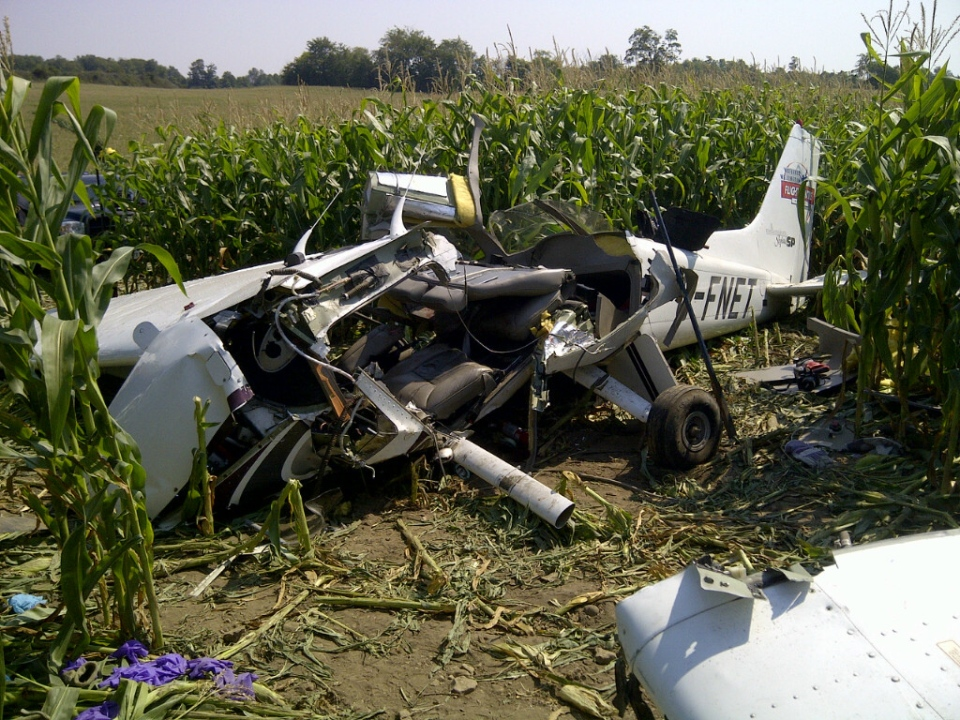 Wreckage of a Cessna 172 that crashed in a cornfield near Moorefield in August 2012, killing all four people aboard, is seen in this photo provided by the Transportation Safety Board of Canada.