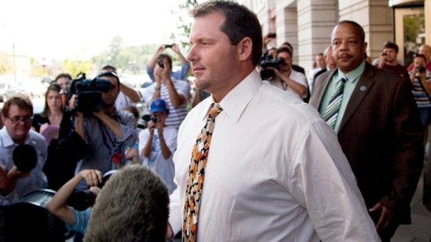 Seven-time Cy Young winner, baseball pitcher Roger Clemens leaves the federal court in Washington, Monday, Aug. 30, 2010. (AP / Evan Vucci)
