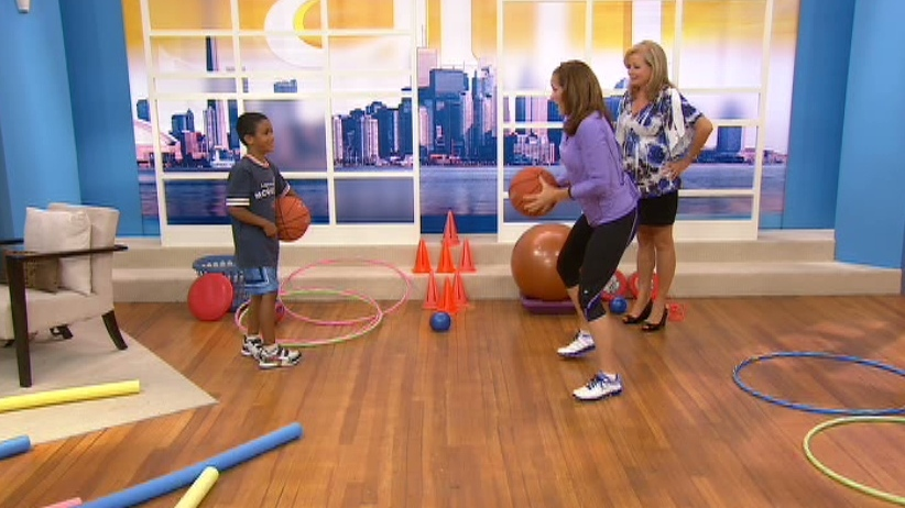 Fitness expert Libby Norris shared tips to get youngsters off the couch and in shape in just 15 minutes on CTV's Canada AM on Aug. 27, 2012. .