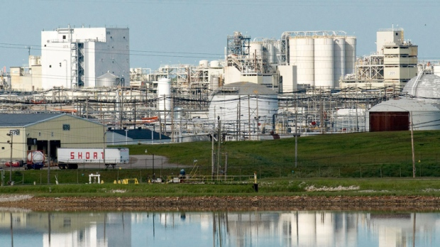 The Dow Chemical Co. industrial site is seen in Midland, Mich. on May 28, 2008. (AP / Steven Simpkins)