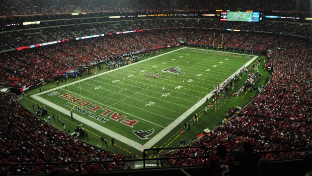 Georgia Dome, NFL football game, Atlanta Falcons