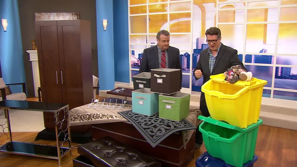Canada AM: Karl Lohnes on front hall organizing