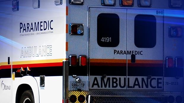 Ottawa ambulance paramedic