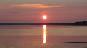 In this file photo, a sunset is shown on the Ottawa River. (Debbie Hartwick / MyNews)