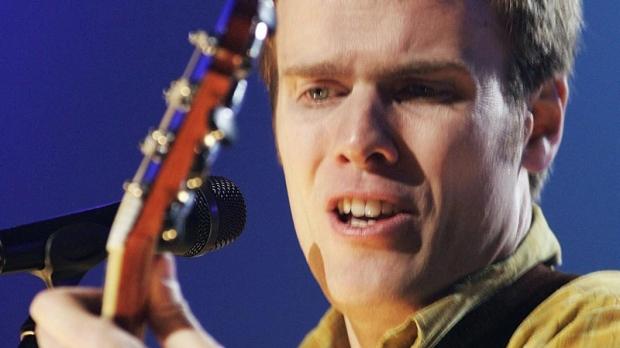 Dave Gunning performs in Sydney, Nova Scotia on Feb. 20, 2005.