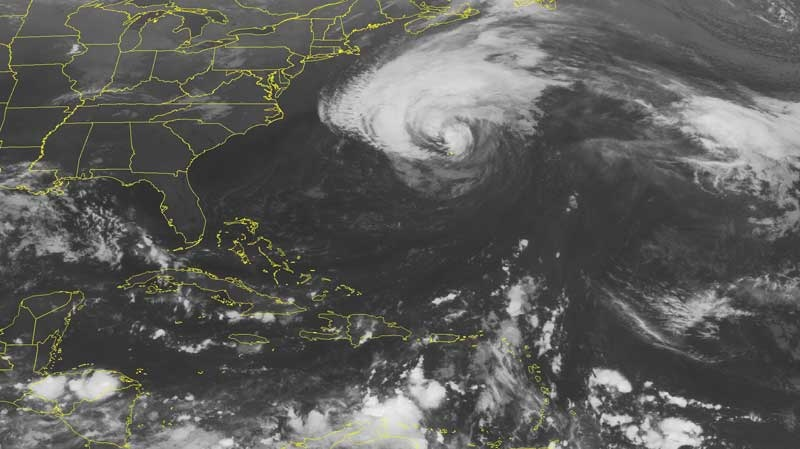 This NOAA satellite image taken Monday, September 20, 2010 at 01:45 AM EDT shows a large swath of clouds in the western Atlantic Ocean. This broad are of clouds highlight Hurricane Igor, located 128 kilometres northwest of Bermuda.(AP PHOTO/WEATHER UNDERGROUND)
