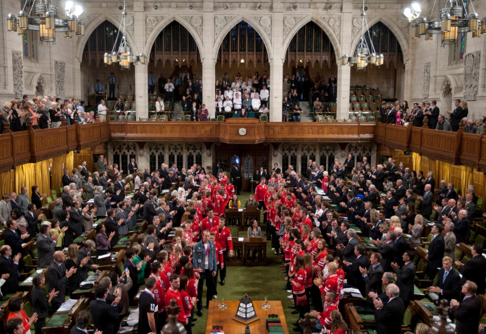 The House of Commons following question period on Parliament Hill in Ottawa, Wednesday, Sept. 19, 2012. (Adrian Wyld / THE CANADIAN PRESS)