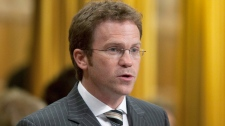 Newfoundland Liberal MP Scott Simms rises in the House of Commons on Parliament Hill in Ottawa, Wednesday Sept. 22, 2010. (Adrian Wyld / THE CANADIAN PRESS)