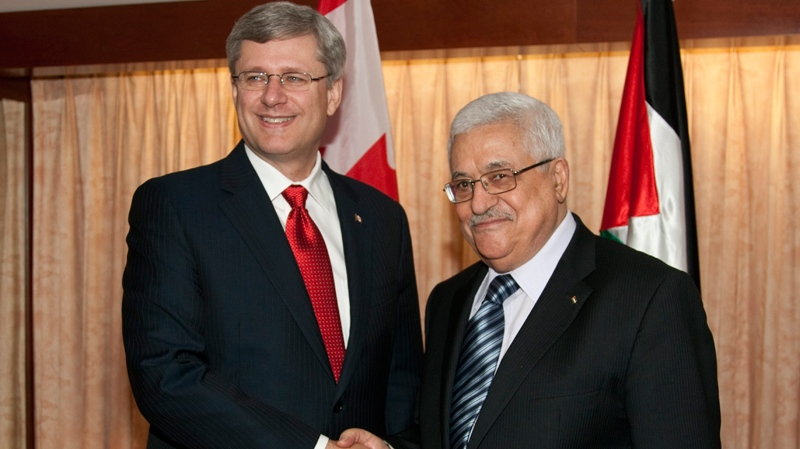 Prime Minister Stephen Harper meets with President of the Palestinian National Authority Mahmoud Abbas, also known as Abu Mazen, on Thursday, Sept. 23, 2010 in New York. (Paul Chiasson / THE CANADIAN PRESS)
