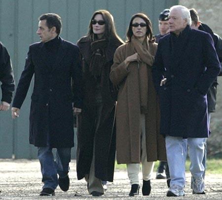 Sarkozy Bruni Stay Near Home On Wedding Night Ctv News