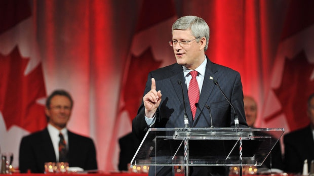 Canadian Prime Minister Stephen Harper speaks during the Team Canada '72 Gala Dinner in Toronto on Friday, Sept. 28, 2012. (Aaron Vincent Elkaim / THE CANADIAN PRESS)