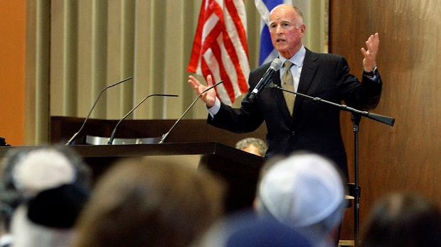 California Gov. Jerry Brown speaks to congregants celebrating Yom Kippur at Temple Emanuel in Beverly Hills, Calif., on Wednesday, Sept. 26, 2012. (AP Photo/Reed Saxon)