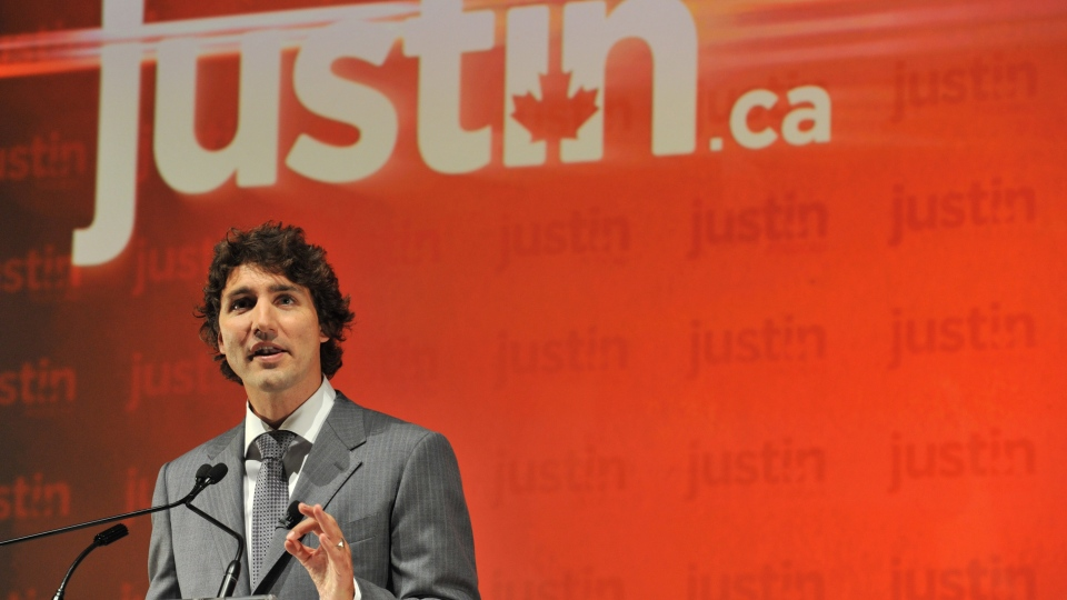 Liberal MP Justin Trudeau announces he will seek the leadership of the party at a news conference, Tuesday, Oct. 2, 2012 in Montreal. (Paul Chiasson / THE CANADIAN PRESS)
