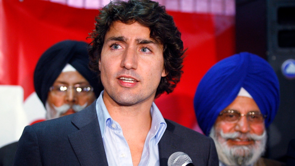 Federal Liberal leadership candidate Justin Trudeau speaks to party supporters at a seniors centre in Calgary, Alta., Wednesday, Oct. 3, 2012. (Jeff McIntosh / THE CANADIAN PRESS)