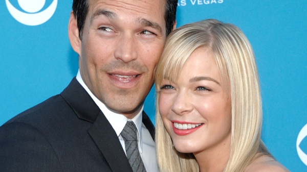 Country singer LeAnn Rimes, right, and actor Eddie Cibrian arrive at the 45th Annual Academy of Country Music Awards in Las Vegas in this April 18, 2010 file photo. (AP / Dan Steinberg)