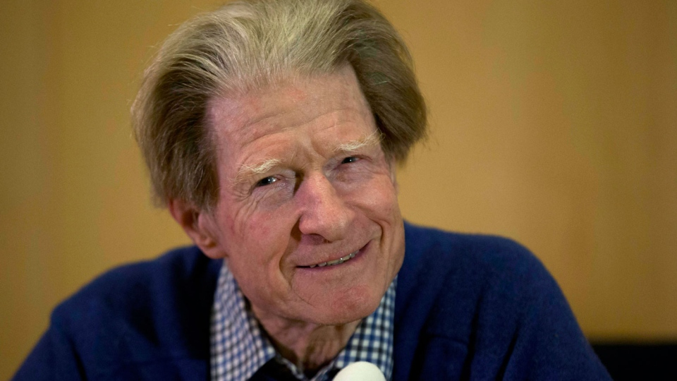 British scientist John Gurdon speaks during a news conference in London, Monday, Oct. 8, 2012. (AP / Matt Dunham)